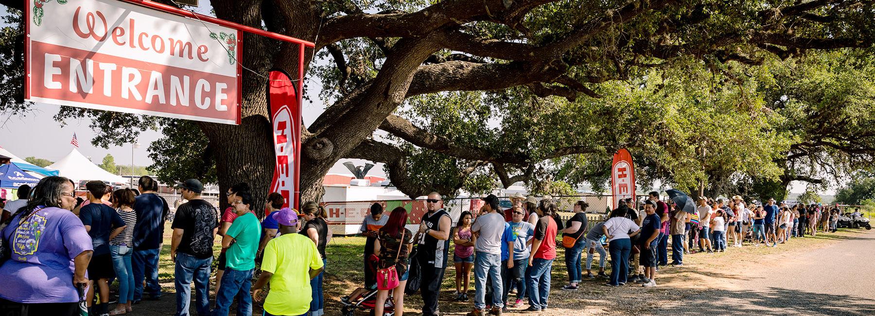 Ponchatoula Strawberry Festival 2020.Poteet Strawberry Festival 2020 Lineup Festival 2020